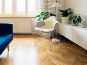 Qué es y cómo se usa el Plastificante para pisos de madera