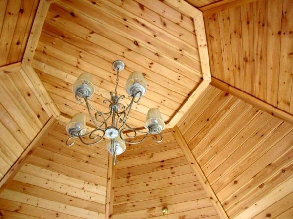 Techo de madera de machimbre