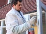 Cómo pintar carpintería metálica y rejas