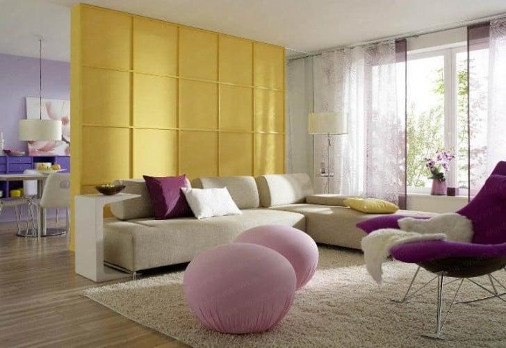 salon blanco violeta amarillo