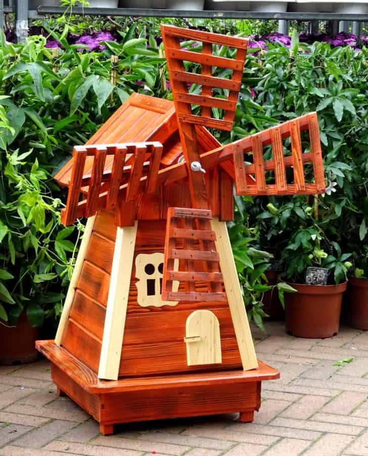 Molino ornamental para el jardín