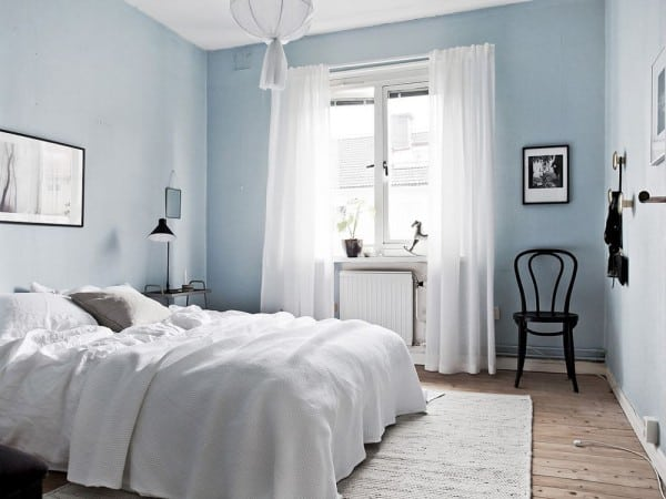 Dormitorio azul pálido