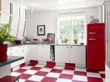 Cocinas en blanco y rojo