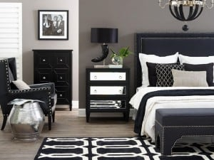 El color de las paredes con muebles negros y oscuros