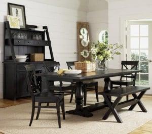 Muebles clásicos negros