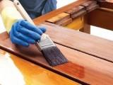 Cómo barnizar muebles de madera con brocha