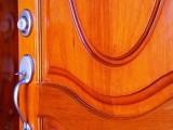 Barnizar puertas y ventanas de madera
