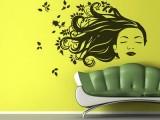 Entre colores de paredes y vinilos decorativos