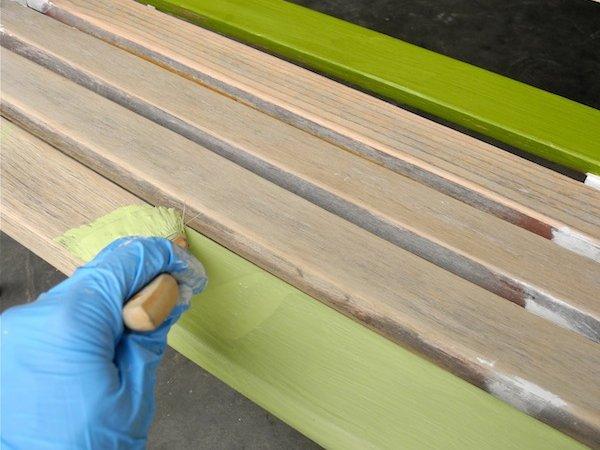 Renovando un viejo banco de jardín con pintura : PintoMiCasa.com