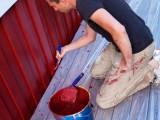Algunas consideraciones al pintar casas de madera
