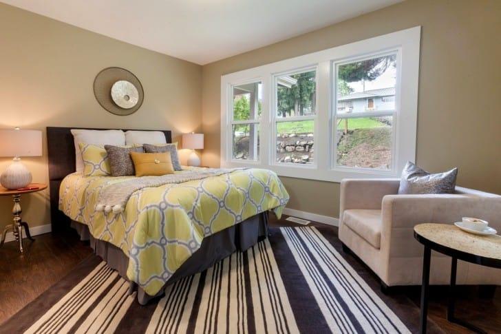 Dormitorio de paredes pintura arena