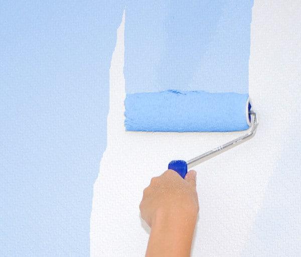 Repintando con pintura azul