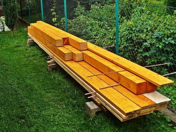 Tablas y maderas barnizadas