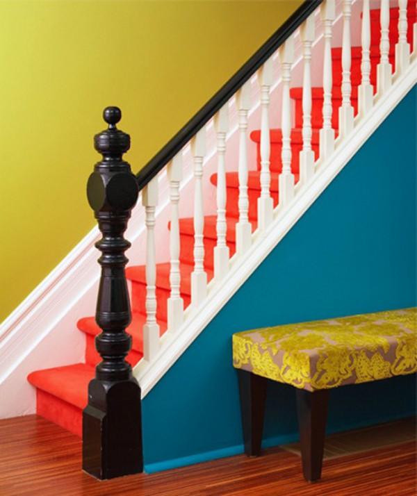 Escalera multicolor