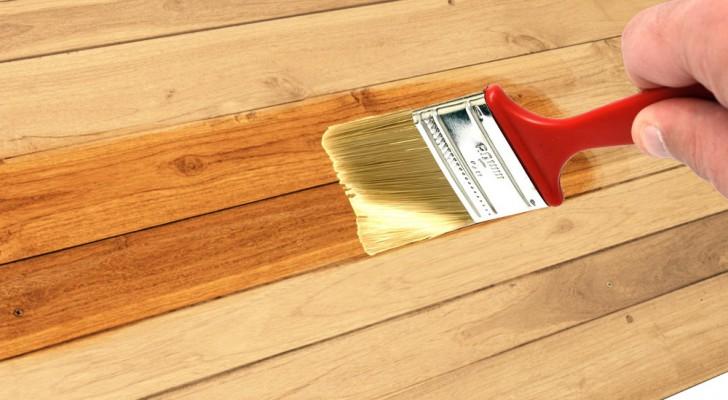 Cómo barnizar la madera con pincel paso a paso