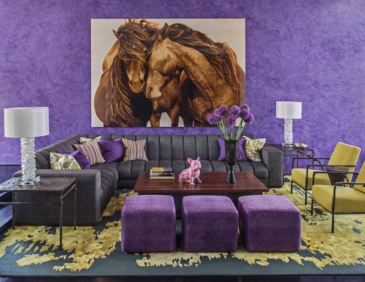 Pared pintura decorativa violeta