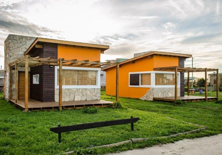 Casas pequeñas pintura naranjada