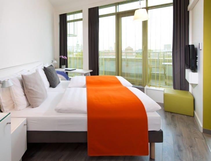 Dormitorio con acentos